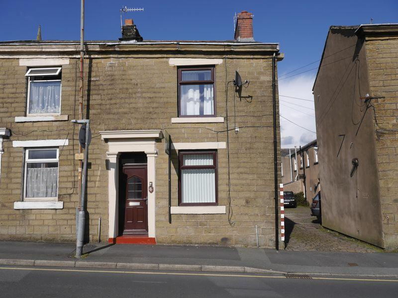 2 Bedrooms Semi Detached House for sale in Paradise Street, Accrington.