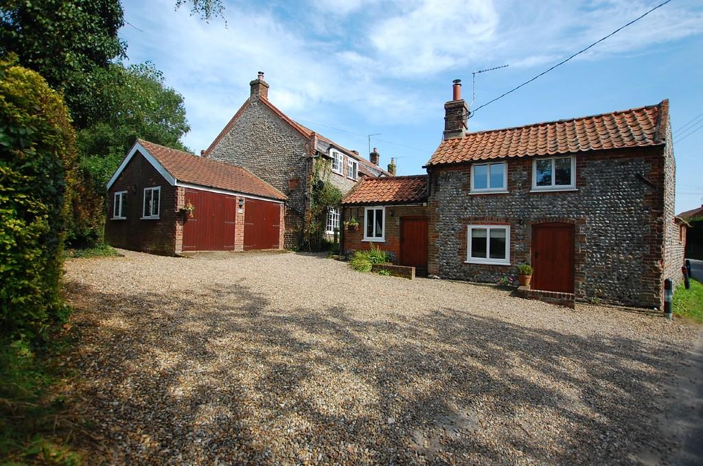 6 Bedrooms Cottage House for sale in Chapel Road, Southrepps