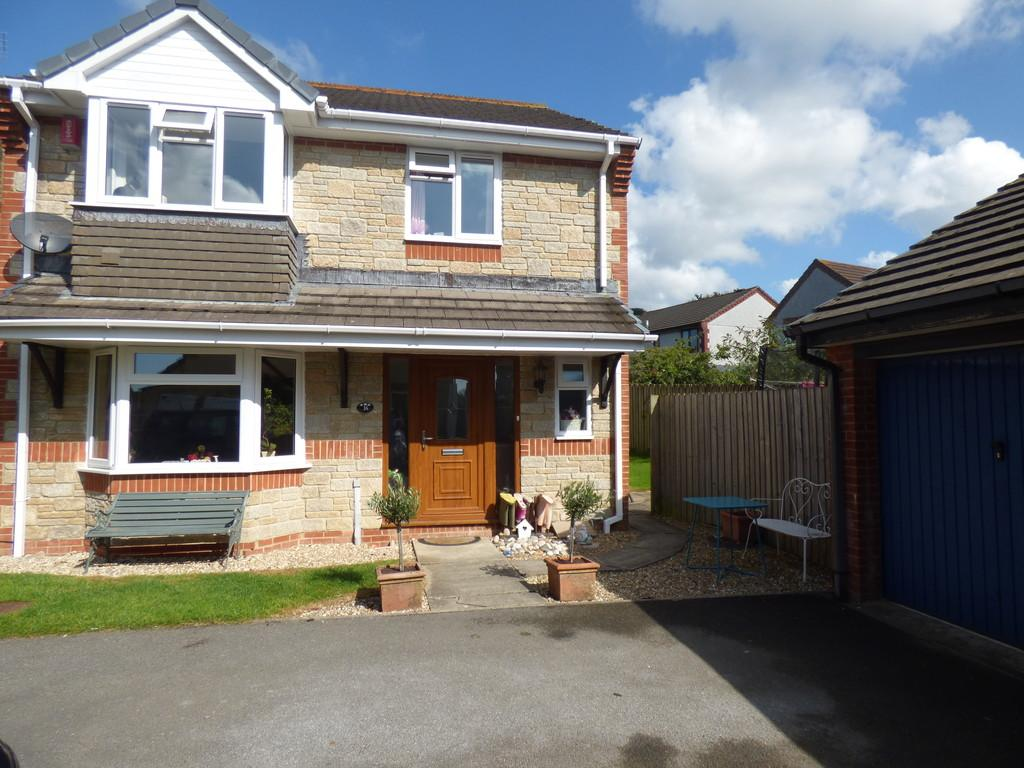 4 Bedrooms Detached House for sale in De Tracey Park, Bovey Tracey