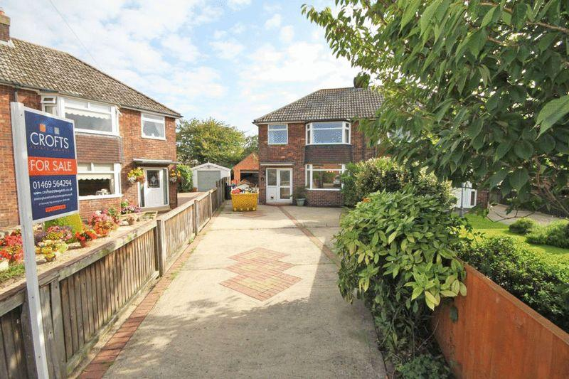 3 Bedrooms Semi Detached House for sale in THORNTON PLACE, IMMINGHAM