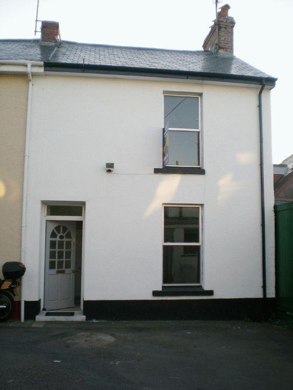 2 Bedrooms Terraced House for sale in Hyfield Place, Bideford