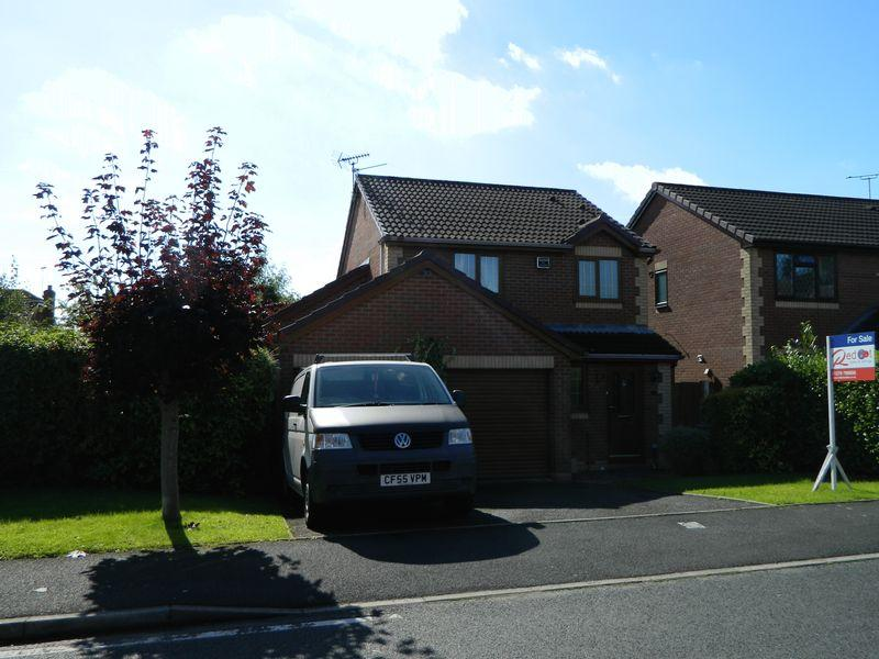 3 Bedrooms Detached House for sale in Keats Drive, Cheshire