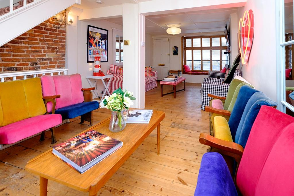 3 Bedrooms Terraced House for sale in George Street, Brighton, BN2