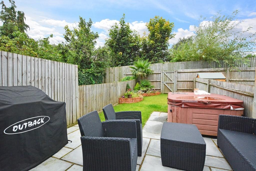 3 Bedrooms Terraced House for sale in Chatham Mews, Guildford