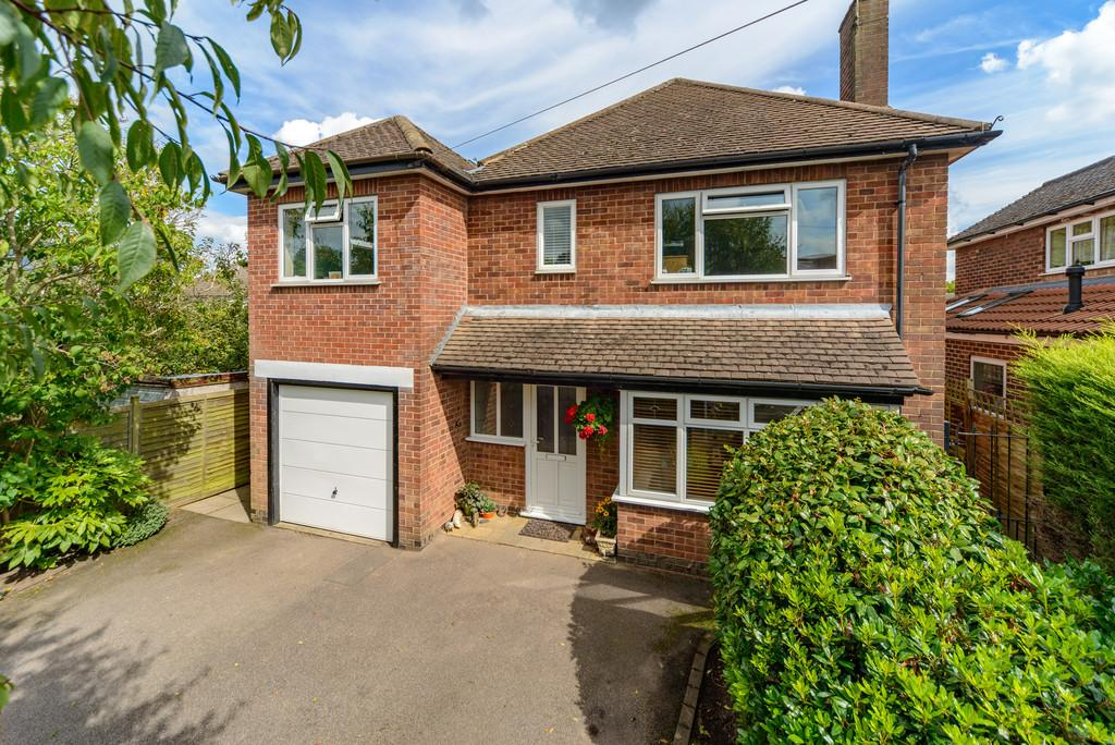 5 Bedrooms Detached House for sale in St. Nicholas Avenue, Kenilworth