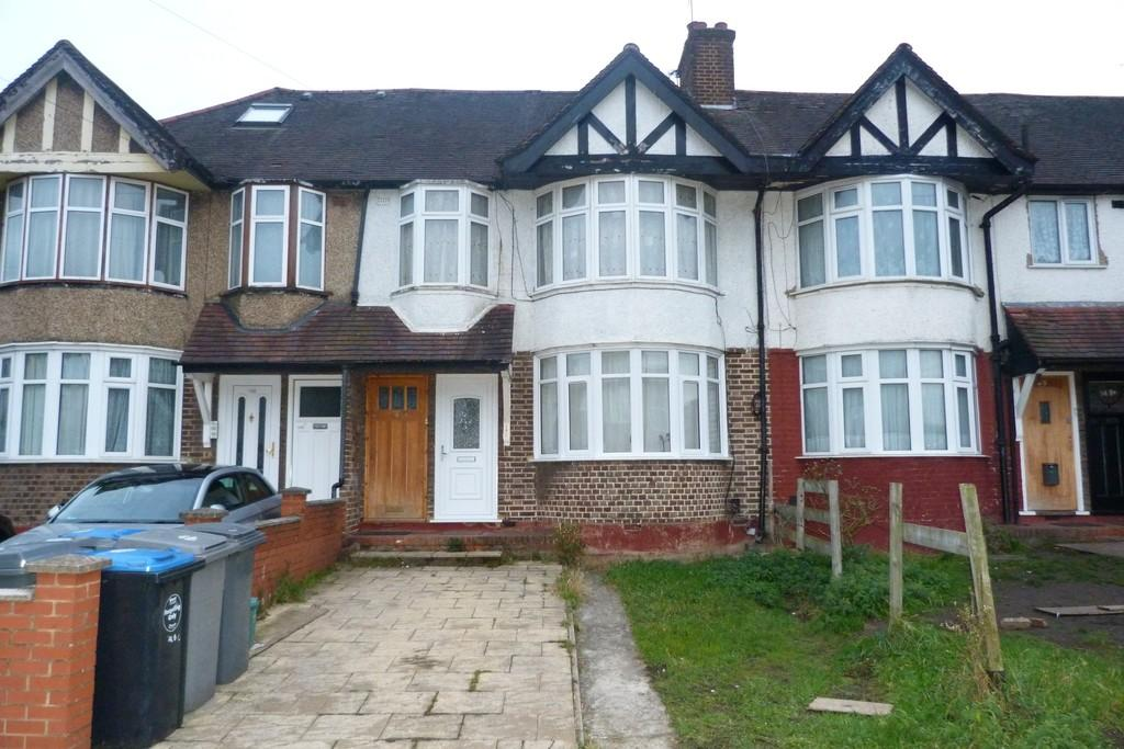 2 Bedrooms Flat for sale in Braemar Avenue, Neasden