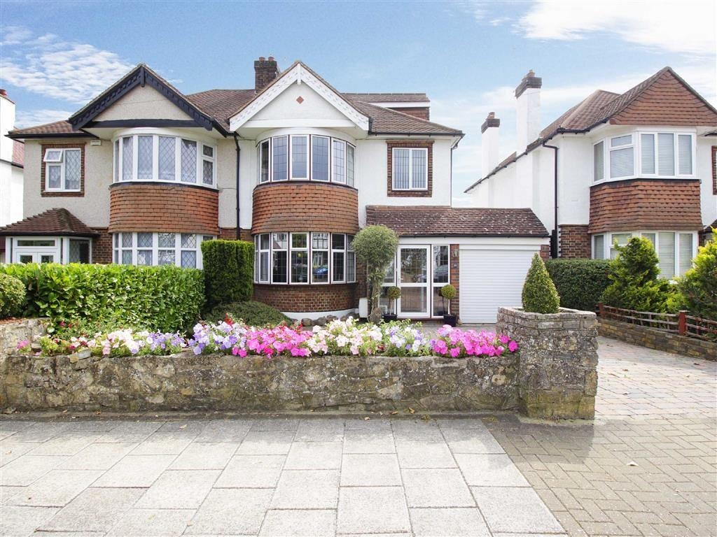 4 Bedrooms Semi Detached House for sale in Courtlands Avenue, Hayes, Kent