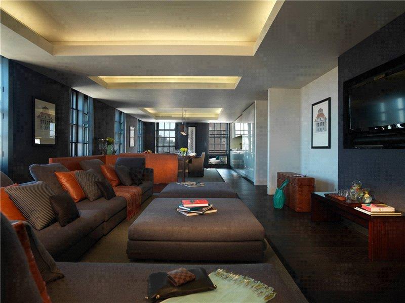 3 Bedrooms Flat for rent in Park Lane, London, W1K