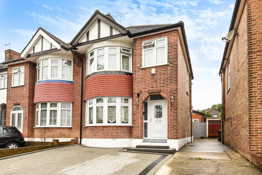 3 Bedrooms Semi Detached House for sale in Brunswick Park Road, New Southgate