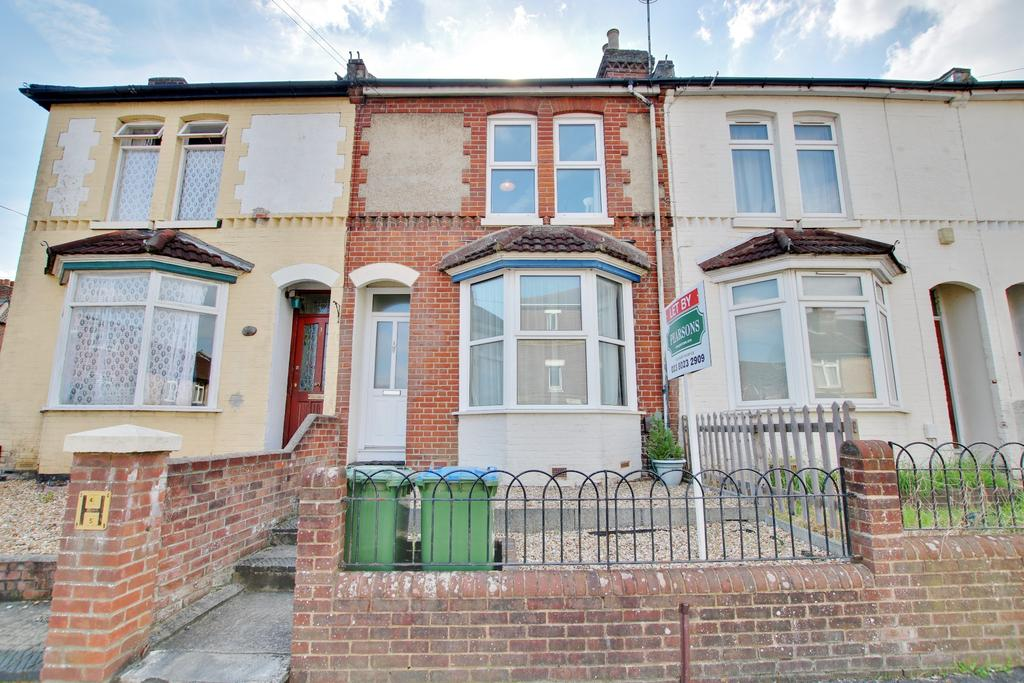 4 Bedrooms Terraced House for sale in Arnold Road, Southampton