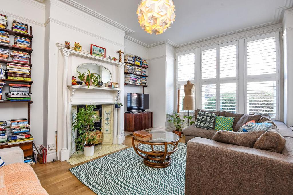 4 Bedrooms Terraced House for sale in Blenheim Gardens, Brixton