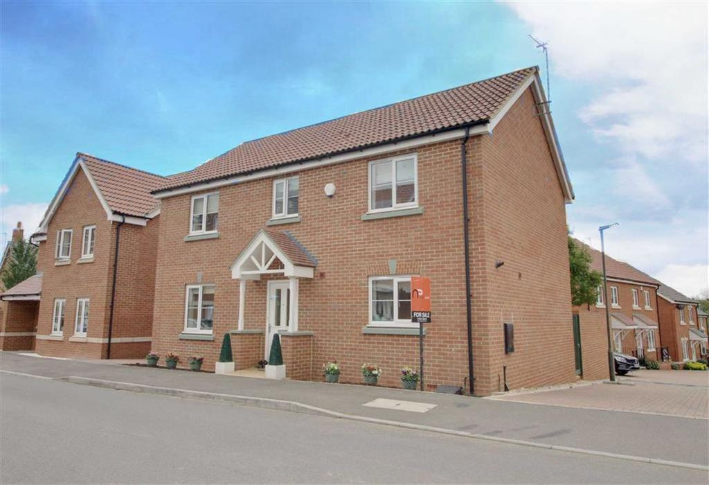 4 Bedrooms Detached House for sale in Meek Road, Newent, Gloucestershire