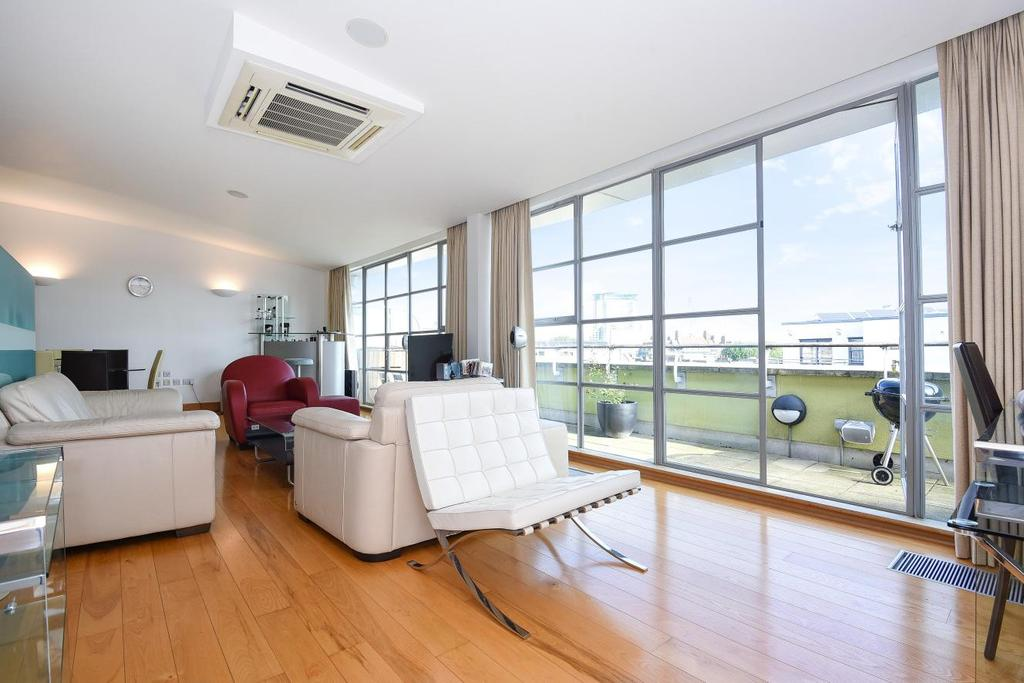 3 Bedrooms Penthouse Flat for sale in Farm Lane, Fulham