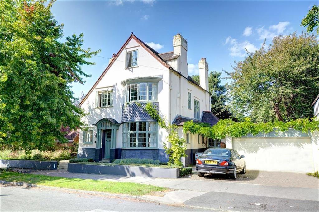 5 Bedrooms Detached House for sale in Waldegrave Road, Bickley, Kent