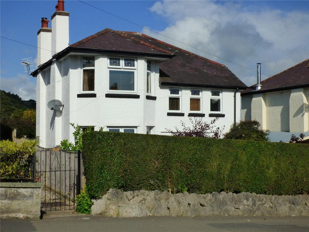 4 Bedrooms Detached House for sale in Offas Road, Knighton, Powys