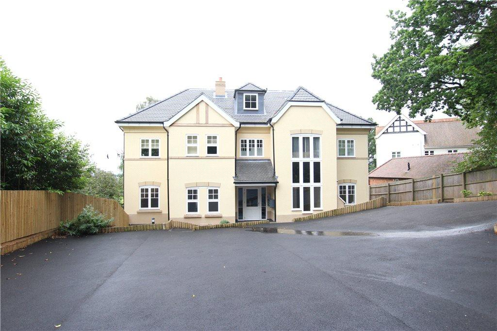 2 Bedrooms Apartment Flat for sale in The Poplars, 18A Peachfield Road, Malvern, Worcestershire, WR14