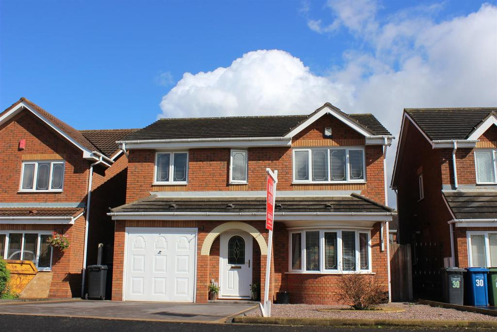 4 Bedrooms Detached House for sale in Oxbridge Way, Tamworth