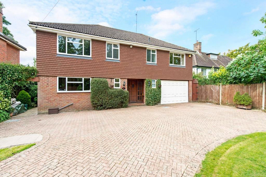 5 Bedrooms Detached House for sale in Shootersway Lane, Berkhamsted, Herts, HP4