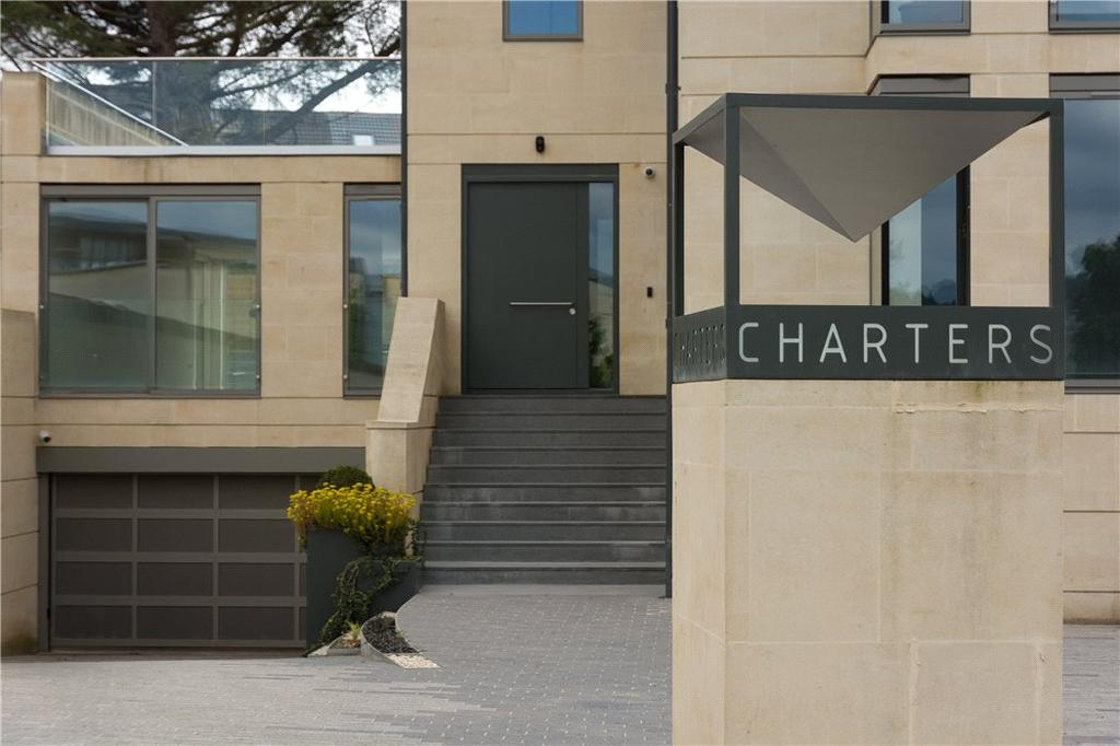 2 Bedrooms Flat for sale in Apartment 1, Charters, Bath, Somerset, BA2