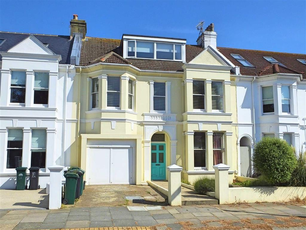 3 Bedrooms Apartment Flat for sale in Walsingham Road, Hove, East Sussex