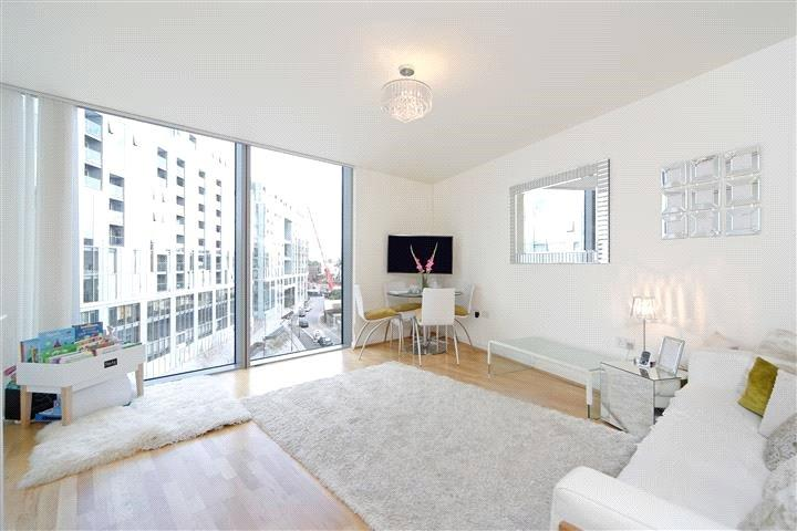 1 Bedroom Flat for sale in Little Thames Walk, London, SE8