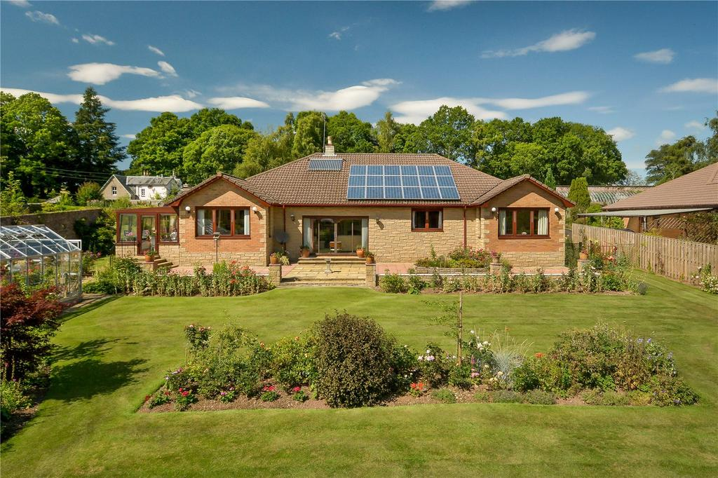 4 Bedrooms Detached Bungalow for sale in The Pines, Methven, Perth, PH1