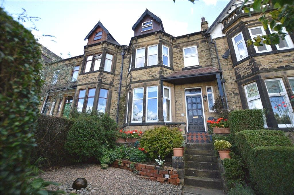 5 Bedrooms Terraced House for sale in Hollyshaw Lane, Leeds, West Yorkshire