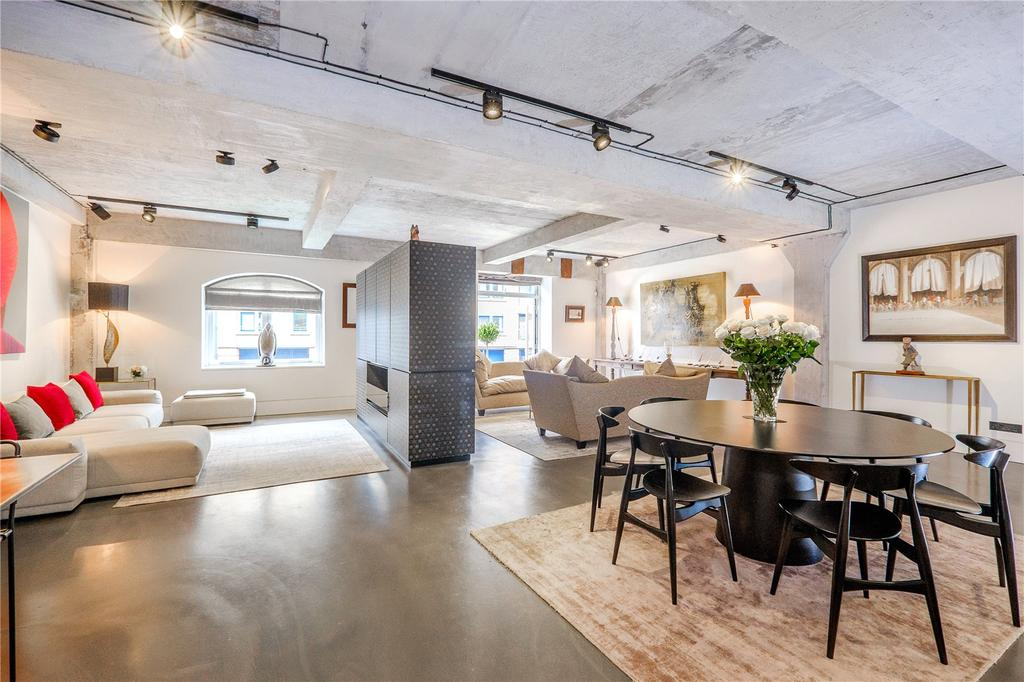 3 Bedrooms Flat for sale in Ransomes Dock, 35-37 Parkgate Road, London