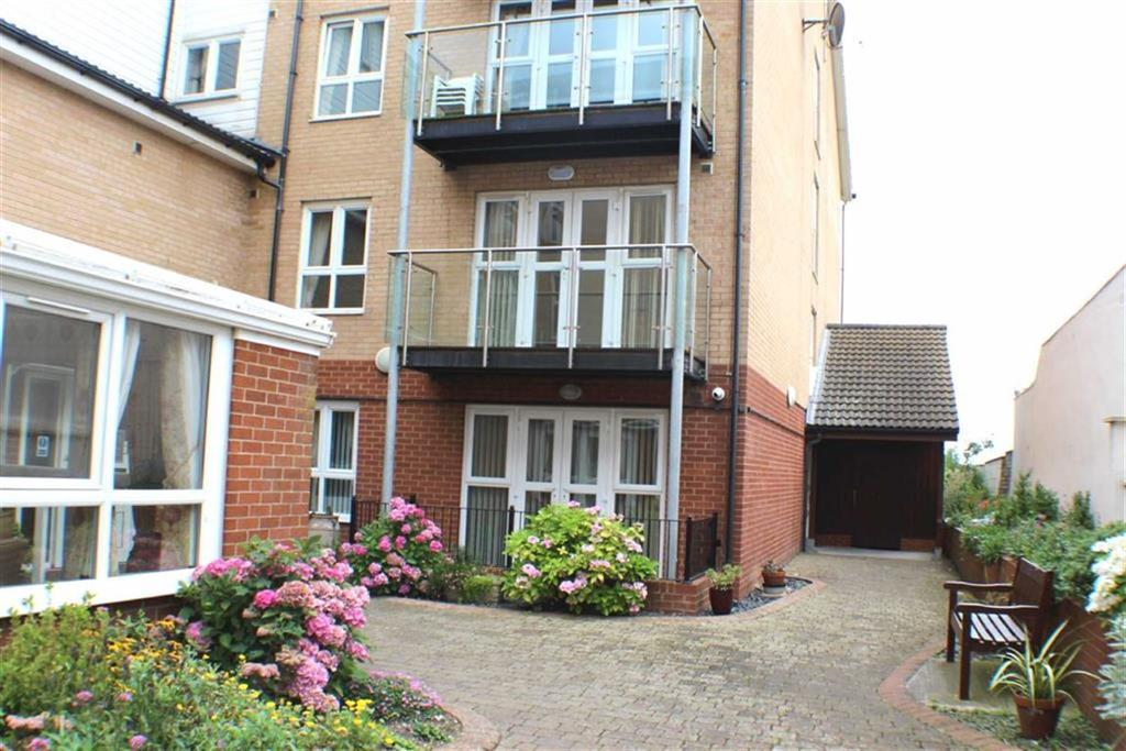 1 Bedroom Apartment Flat for sale in Highcliffe Court, St Annes Road, Bridlington, East Yorkshire