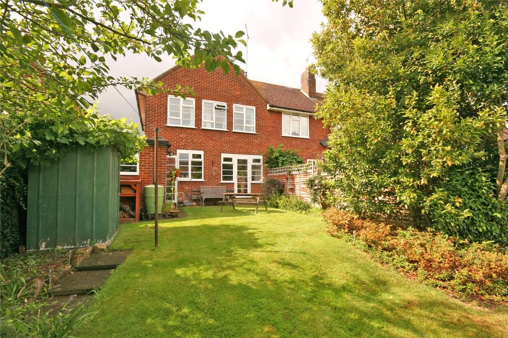 3 Bedrooms End Of Terrace House for sale in Heather Road, Welwyn Garden City, Hertfordshire