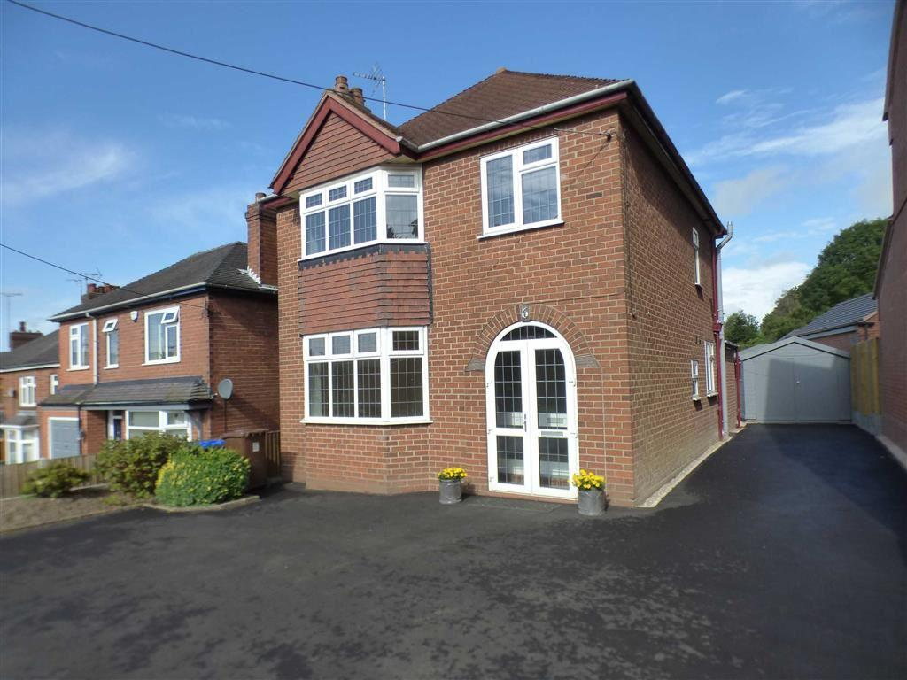 3 Bedrooms Detached House for sale in 6, The Green, Cheadle