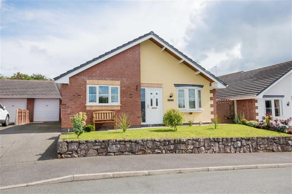 2 Bedrooms Detached Bungalow for sale in Cae Castan, Ruthin