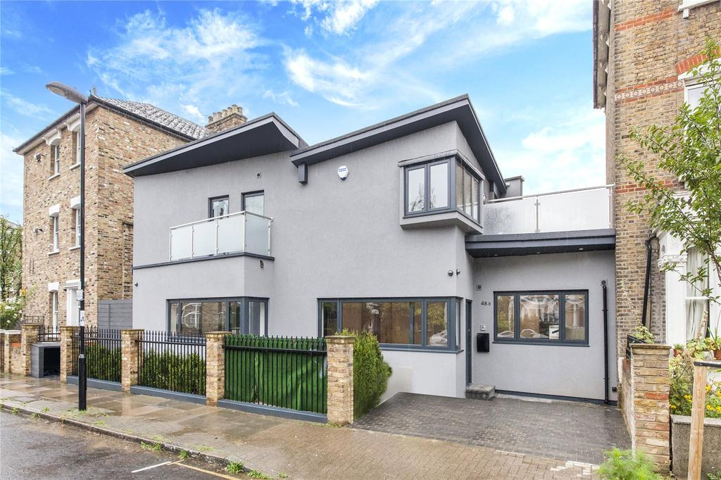 3 Bedrooms Semi Detached House for sale in Ambler Road, Finsbury Park, London