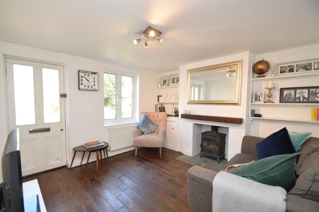 2 Bedrooms Cottage House for sale in Green Lane, HERSHAM KT12