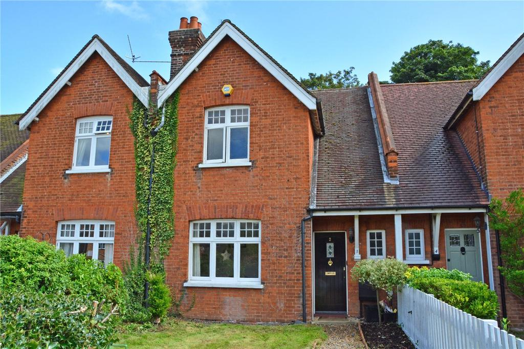 2 Bedrooms Terraced House for sale in Orchard Villas, Old Perry Street, Chislehurst, BR7