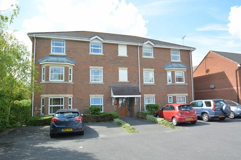 2 Bedrooms Apartment Flat for sale in Topaz Drive, Andover