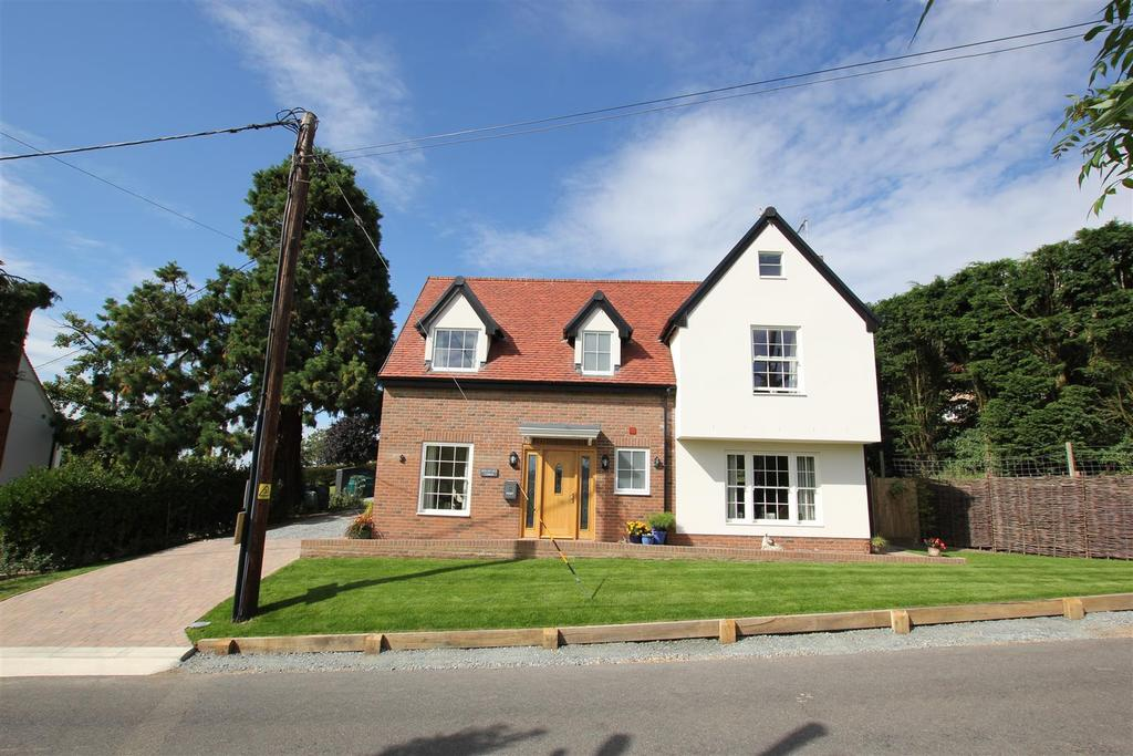 3 Bedrooms Detached House for sale in Purleigh, Chelmsford