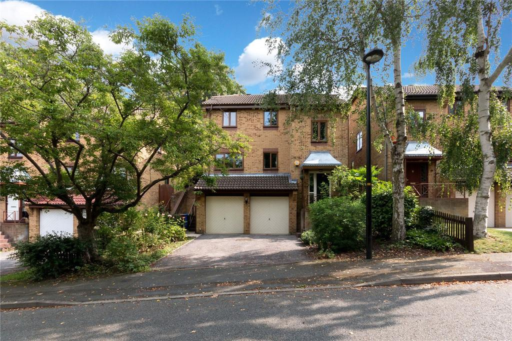 4 Bedrooms House for sale in Kingswood Drive, West Norwood, London, SE19