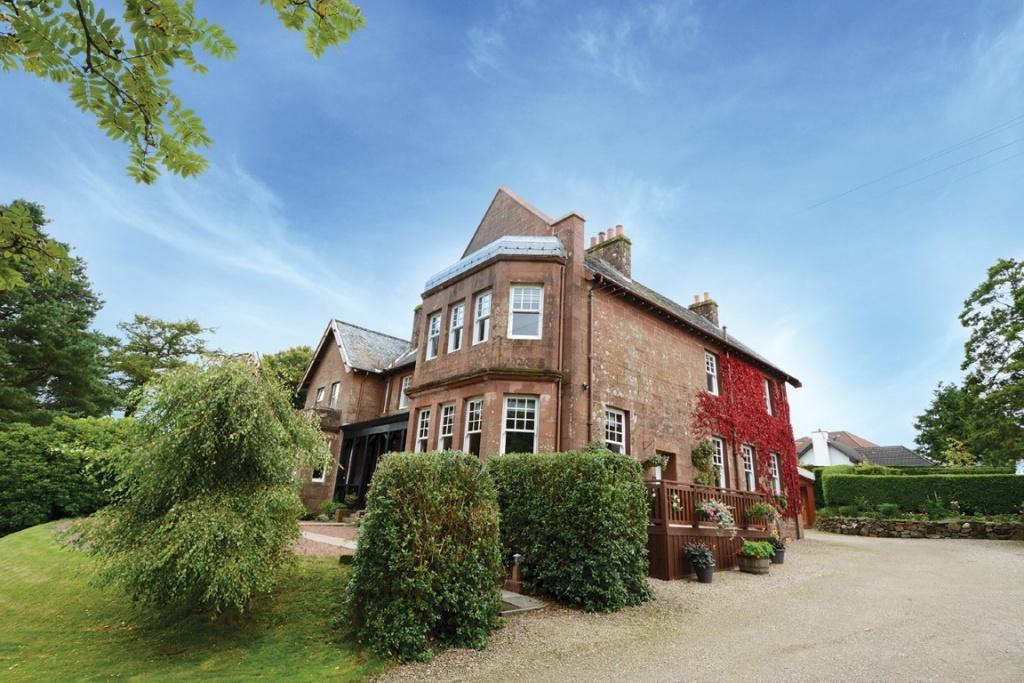 3 Bedrooms Semi-detached Villa House for sale in 1 Wilmar Eglinton Terrace, Skelmorlie, PA17 5DZ