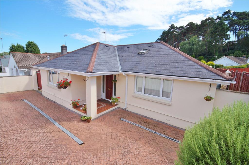 3 Bedrooms Detached Bungalow for sale in Lilliput Road, Poole, Dorset, BH14
