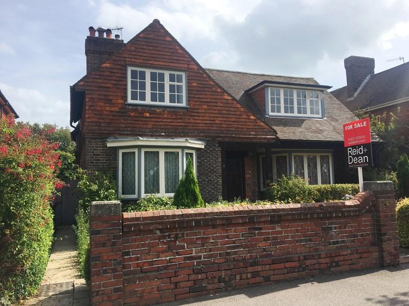 4 Bedrooms Detached House for sale in Colebrooke Road, Bexhill-On-Sea