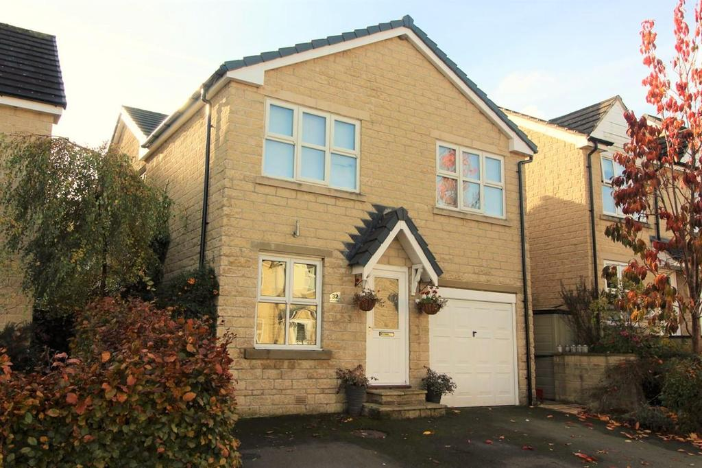 4 Bedrooms Detached House for sale in Kenyon Bank, Denby Dale, Huddersfield