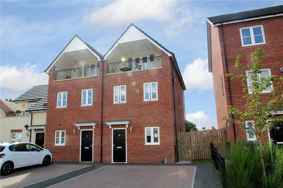 3 Bedrooms Semi Detached House for sale in GROVE STREET, NAVIGATION POINT, CASTLEFORD, WF10 1AR