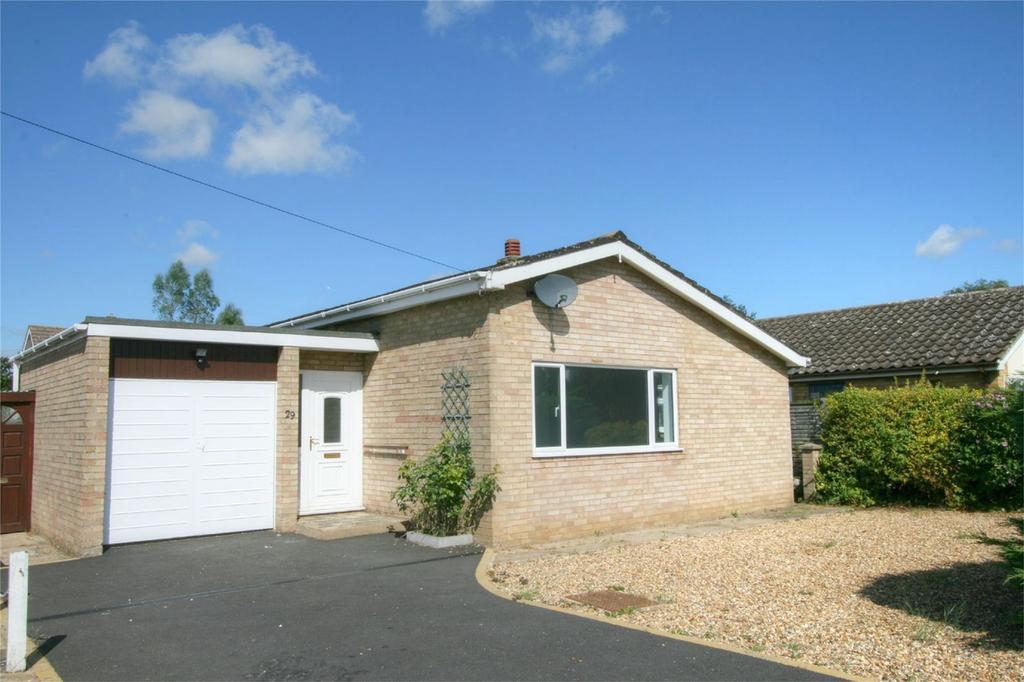 2 Bedrooms Detached Bungalow for sale in Rye Lane, NR17 2JH, Attleborough, Norfolk