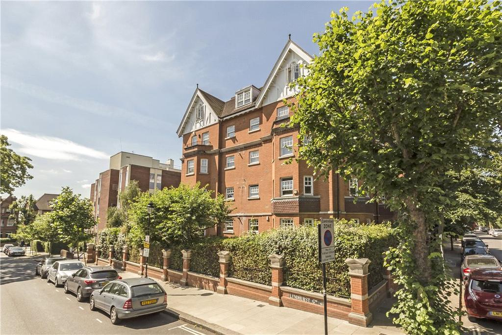 2 Bedrooms Flat for sale in Wedderburn Road, London, NW3
