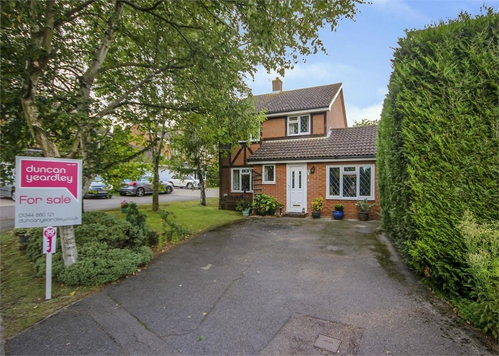 3 Bedrooms Detached House for sale in Jacob Close, Binfield, Berkshire