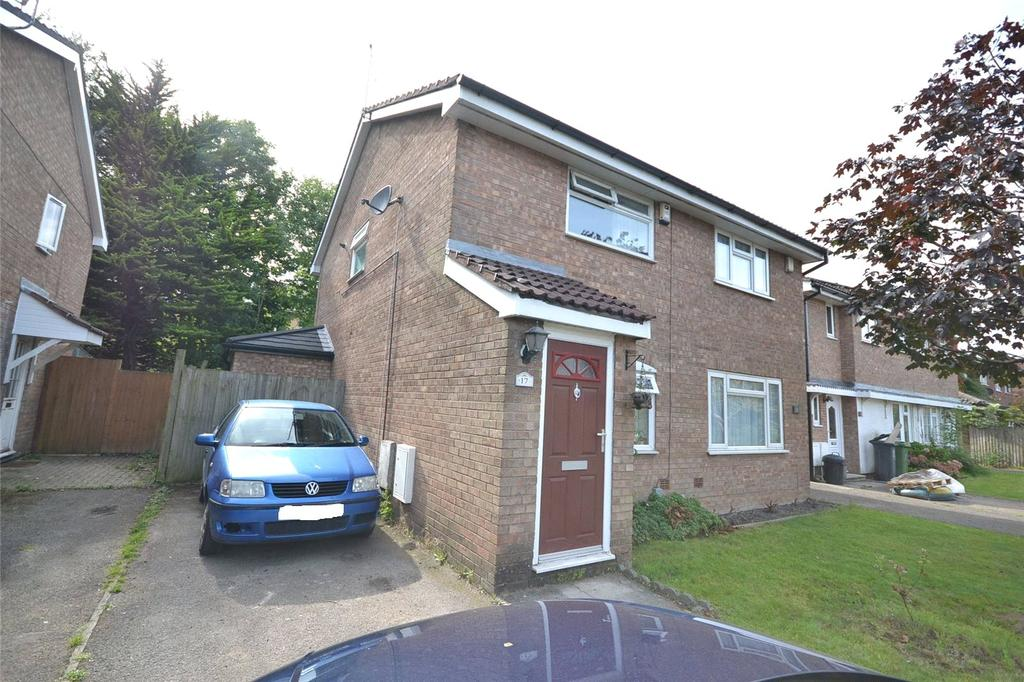 2 Bedrooms Semi Detached House for sale in Craiglee Drive, Cardiff Bay, Cardiff, CF10