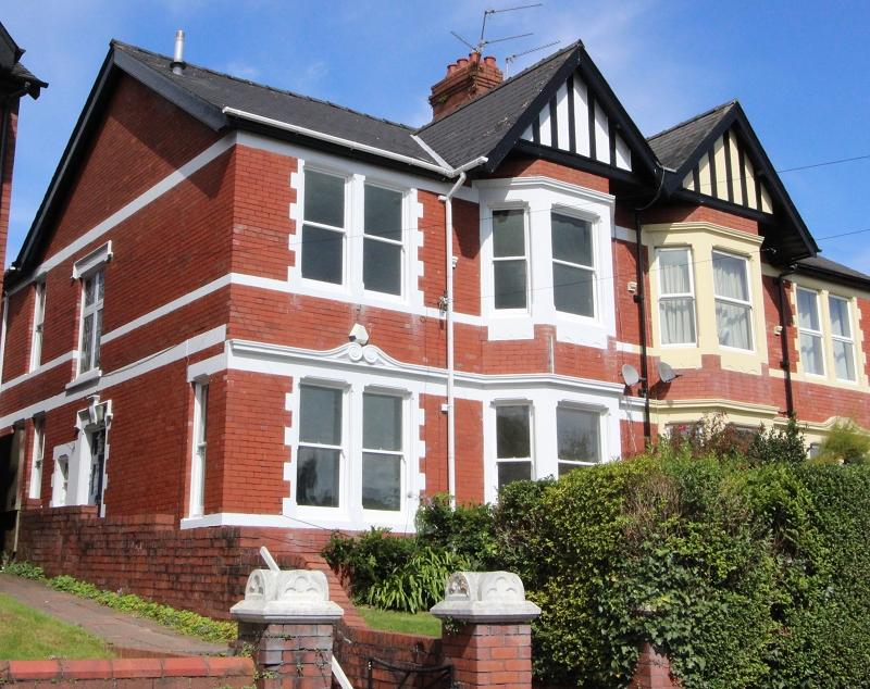 5 Bedrooms Semi Detached House for sale in Oakfield Road, Newport, Newport. NP20 4LX