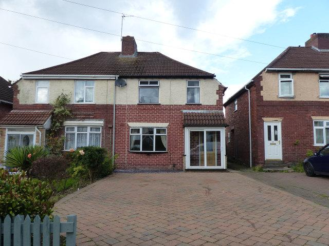 3 Bedrooms Semi Detached House for sale in Castle Road,Walsall Wood,Walsall