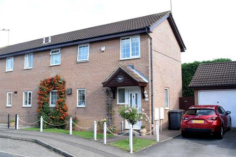 3 bedroom semi-detached house for sale - Beeleigh Link, Chelmsford